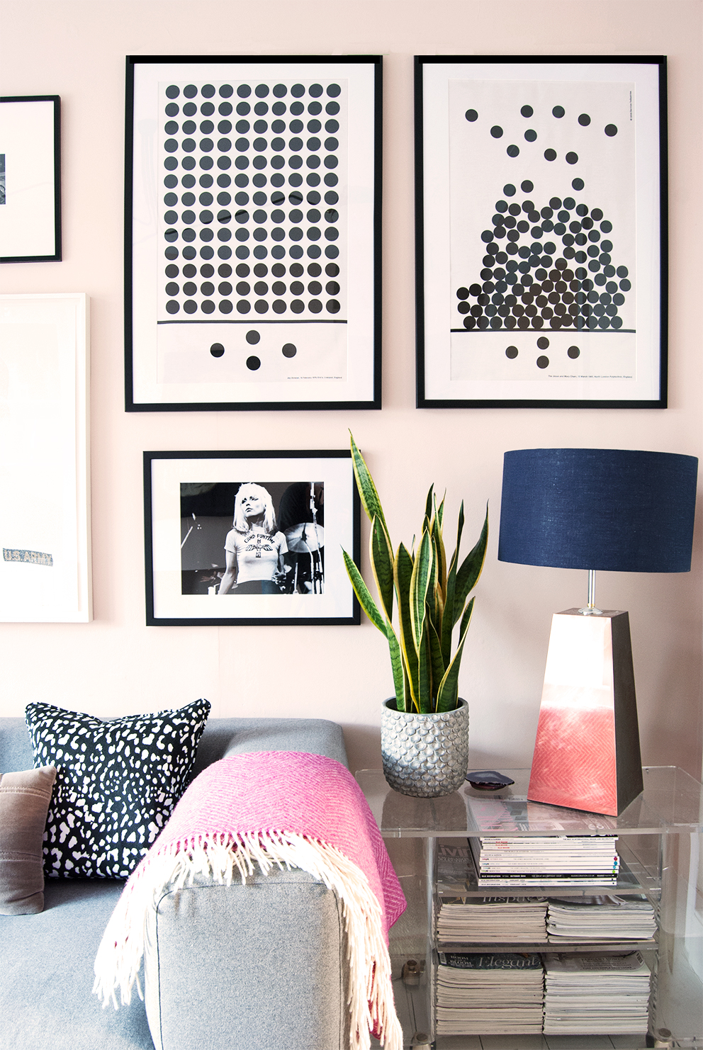 How To Make Cheap Frames Look Top Notch. Monochrome Gallery Wall.