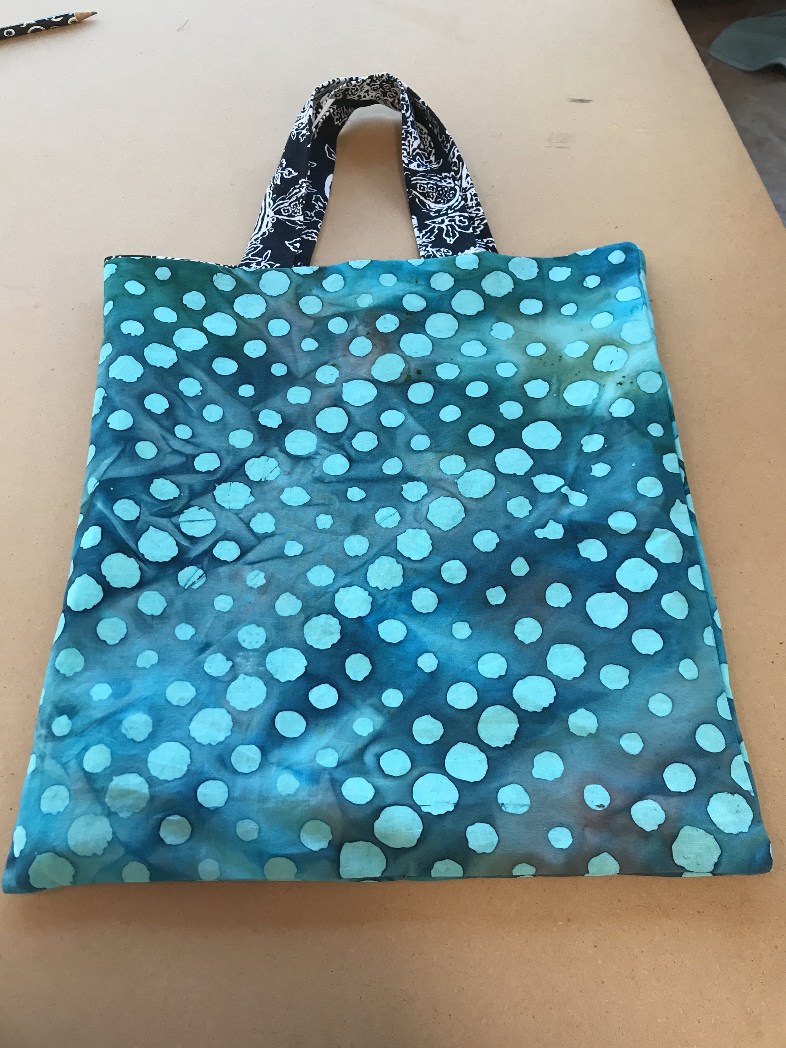 Lined tote bag finish