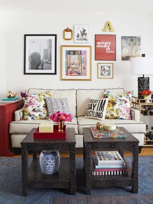 How To Select Furniture For a Small Living Room: Smaller Furniture