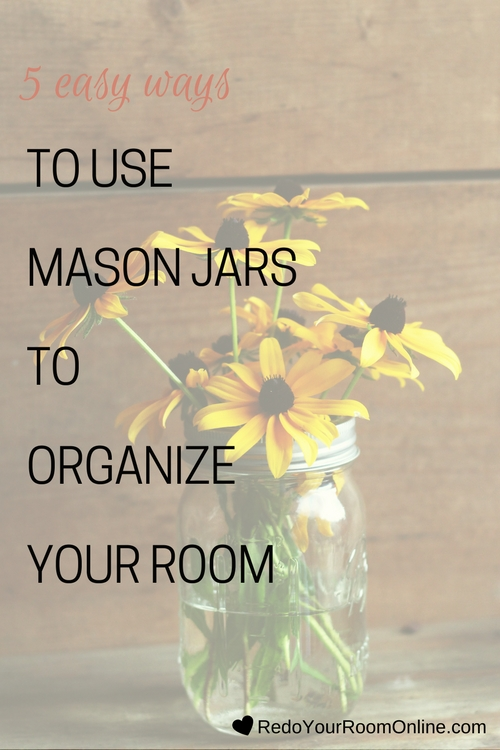 Since there's so much that can be done with mason jars, I wanted to tie them into interior design and school you on easy ways to use mason jars to organize your room. Click through for the interior design tips.