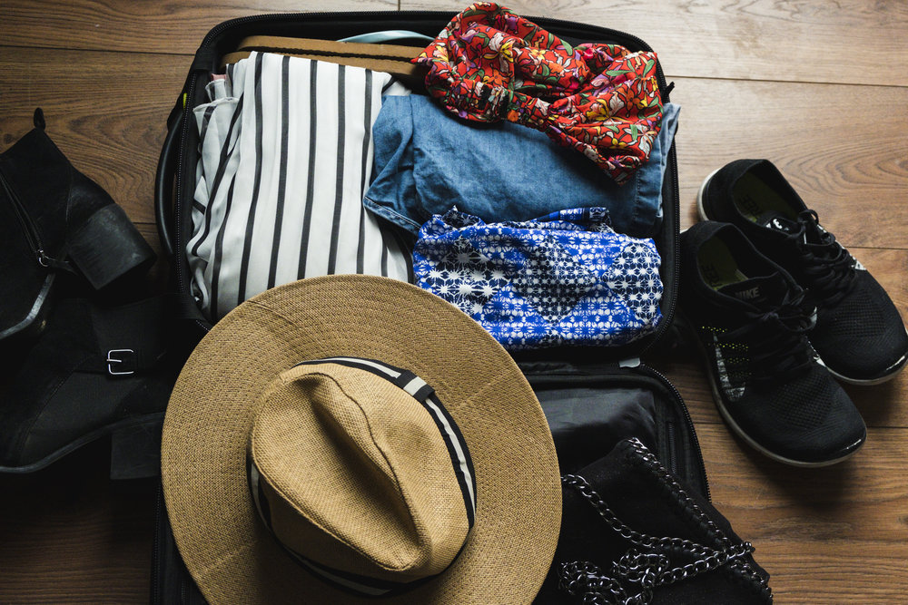 A Guide To Packing Light for A Weekend Trip
