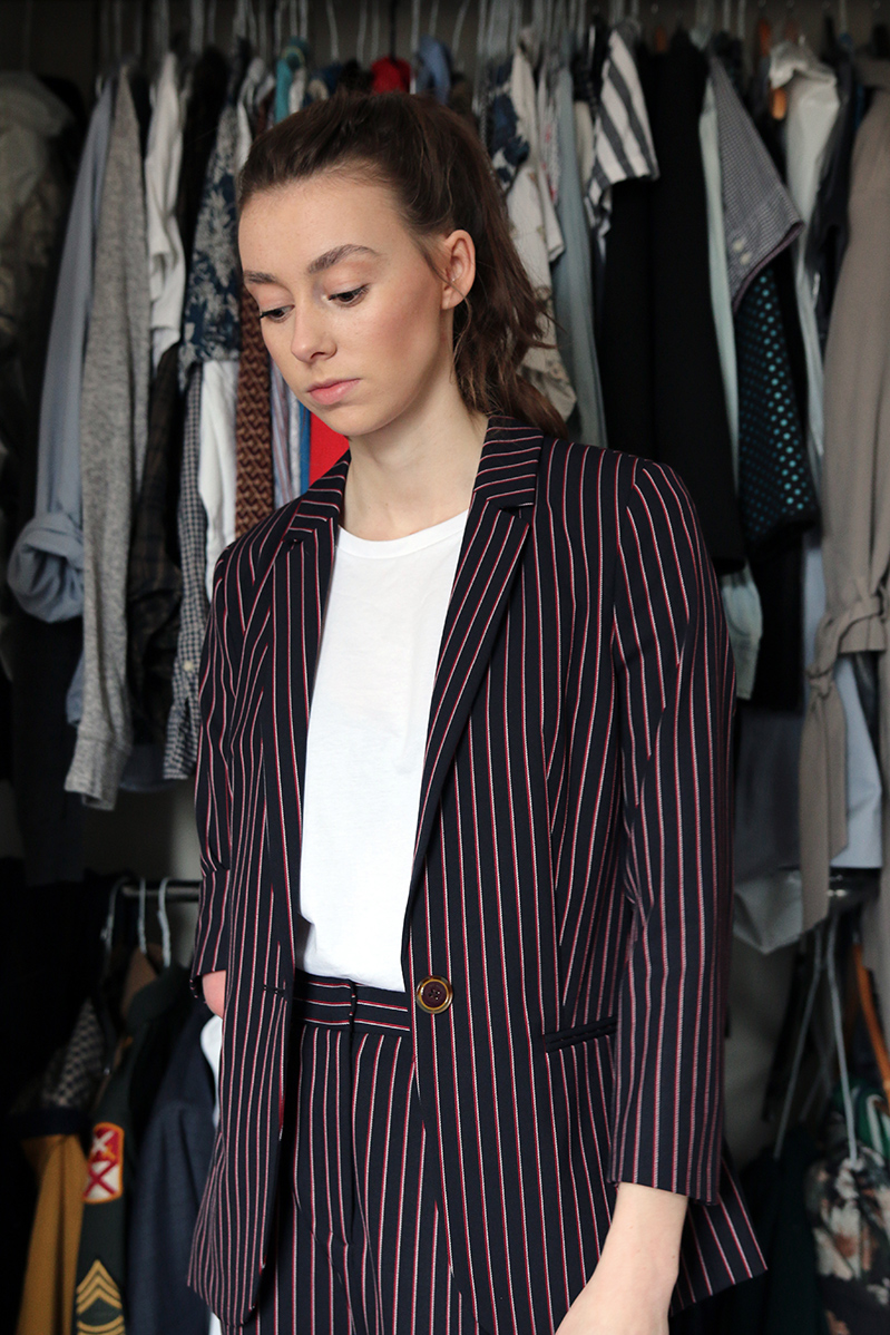 ted baker suit woman, fashion, tailored, pinstripe suit, two piece, blogger, grace mandeville, diverse blogger, disabled