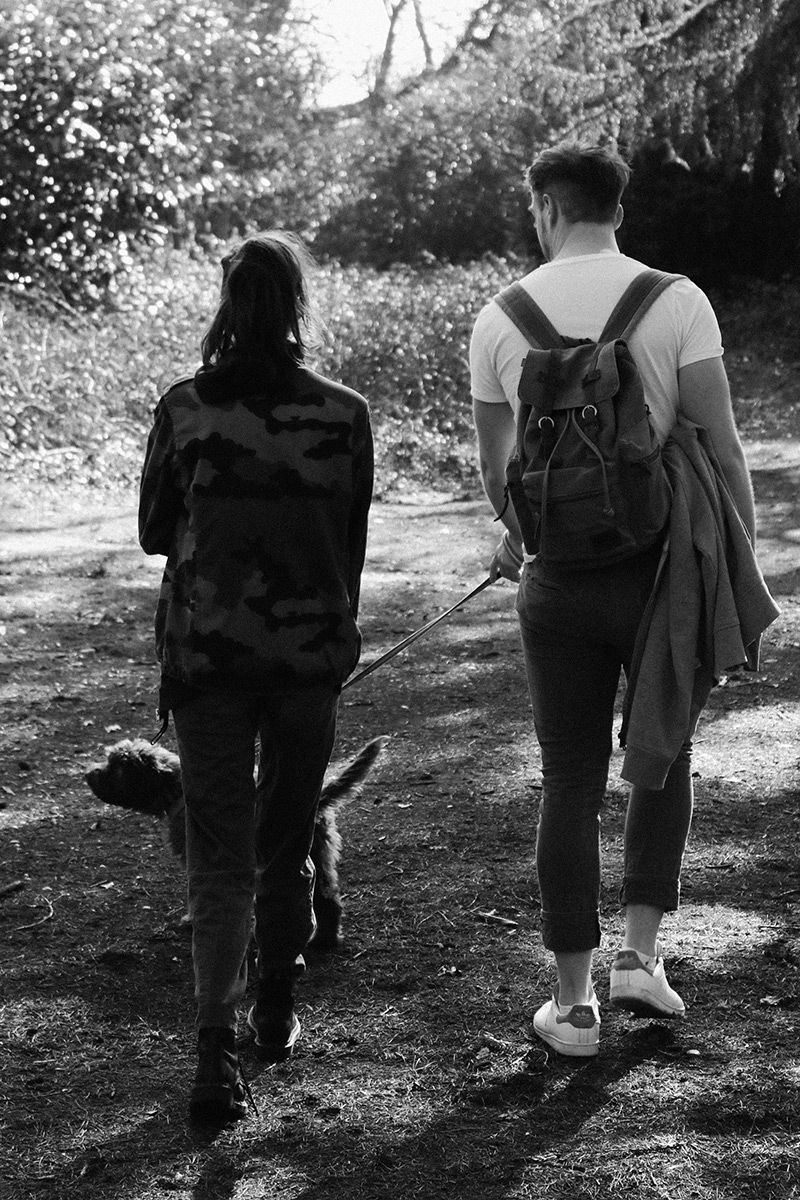 walking dog, ray bans, couple, army, camo, one hand, grace mandeville, blogger, british blogger, diverse blogger, disabled blogger