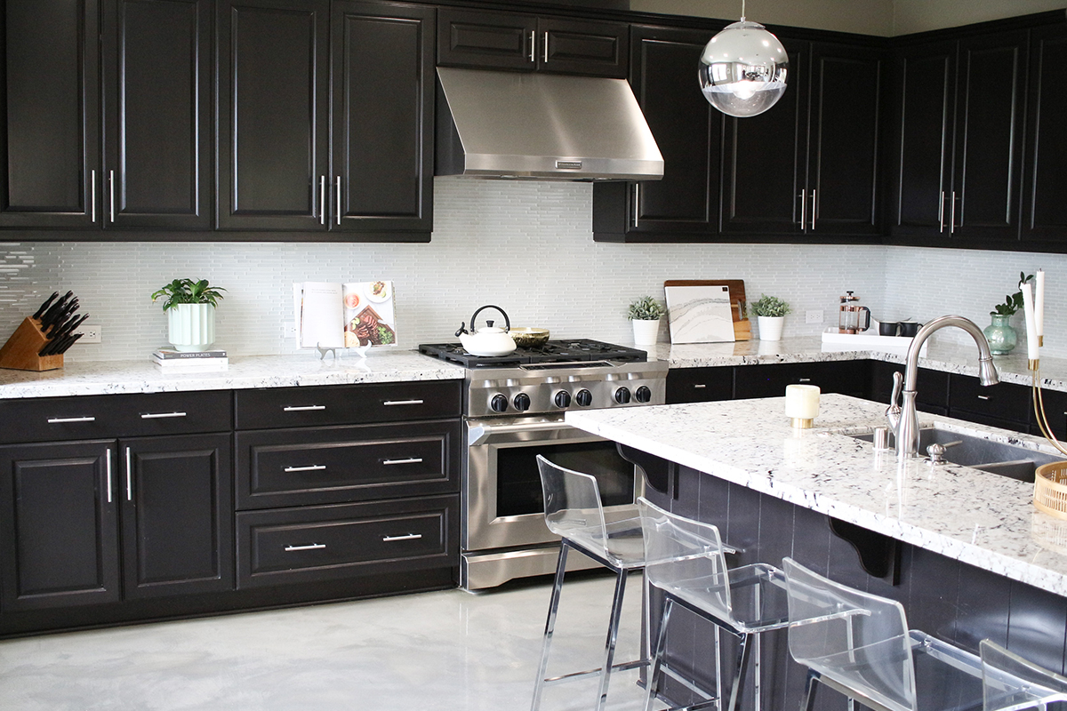 Kitchen-Hardware-DIY-Project-How-To-Update-Your-Traditional-Kitchen-Cabinets-With-a-Modern-Twist-7.jpg