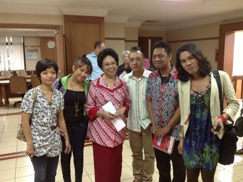 Indoor group photo with OPSI Board members and Indonesian Minister for Health