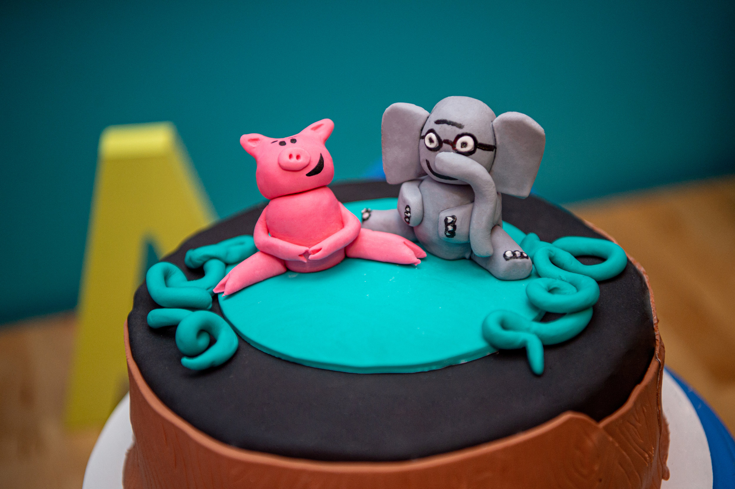 Elephant and Piggie Cake Toppers