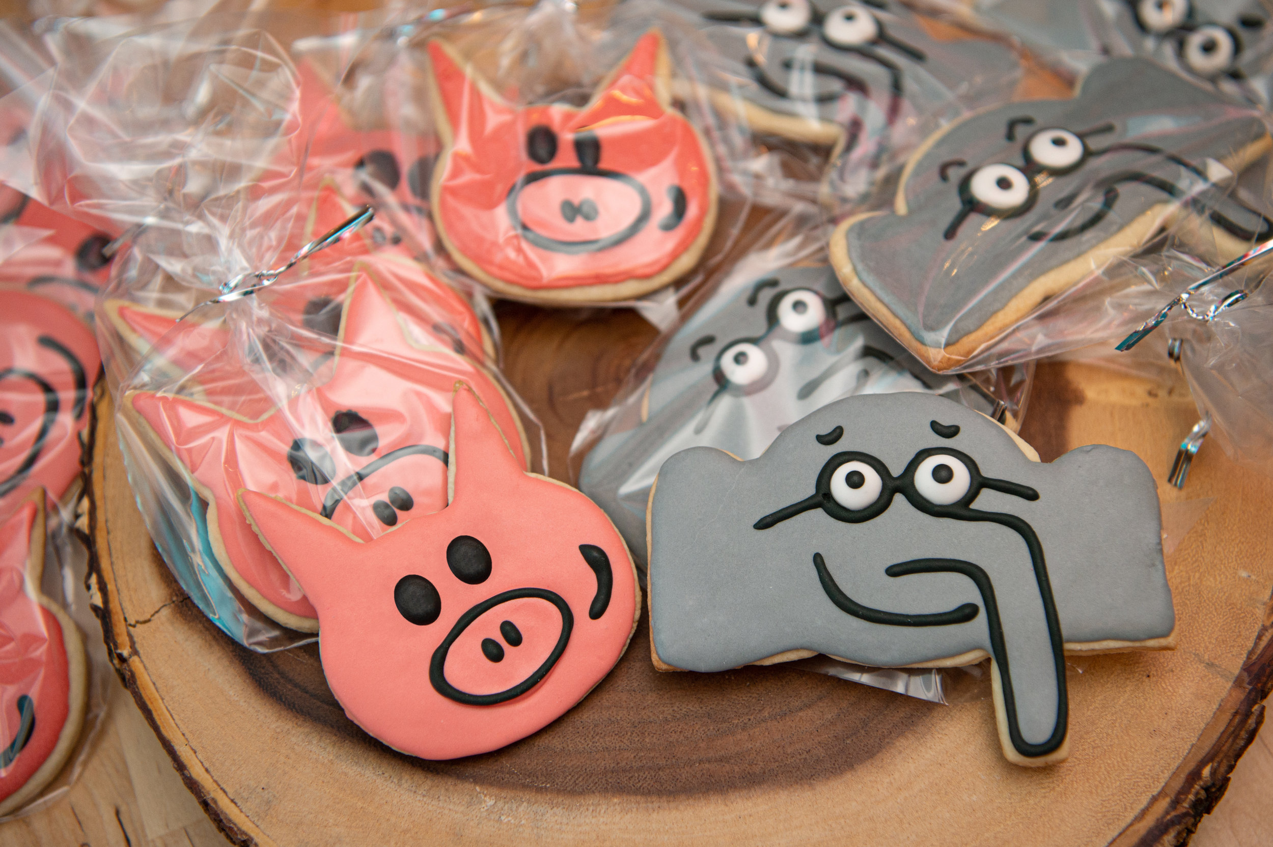 Elephant and Piggie Cookies