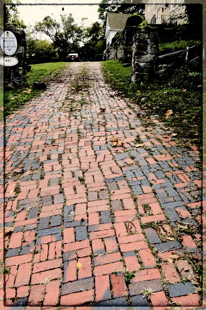 Rockledge Mansion Driveway