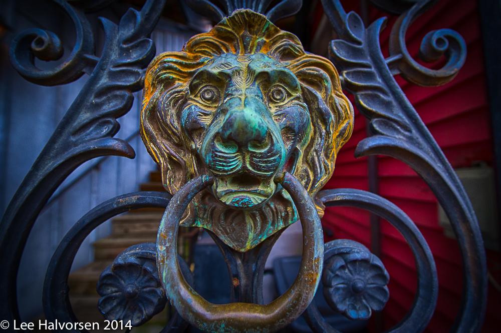 Lion Gate Keeper