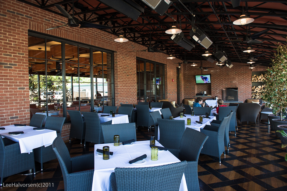 Trio Grill Outside Dining