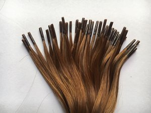 MICROLINKS: Also known as micro rings or micro loops, these individual extensions are attached strand by strand, similar to the fusion method.