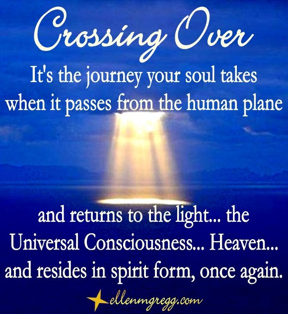 Crossing Over   A post by Ellen M. Gregg :: Intuitive   #crossingover #thesoulways