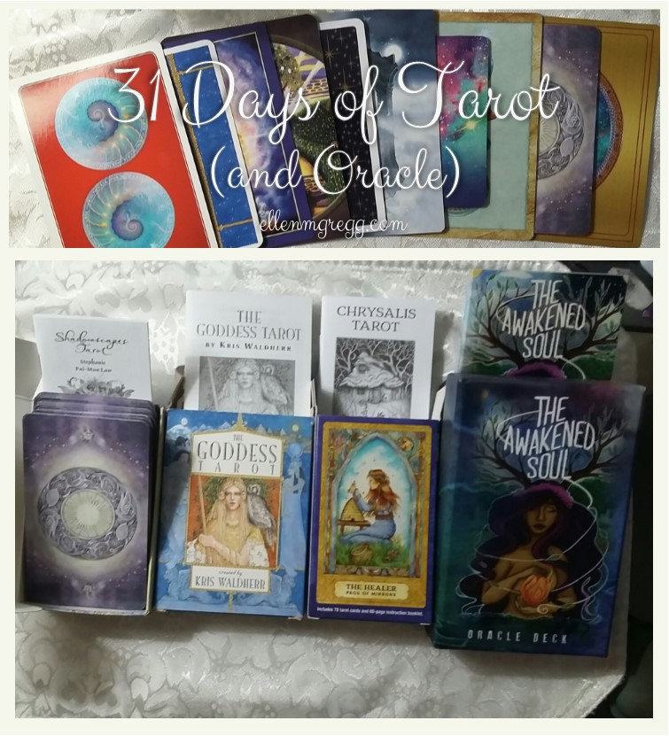31 Days of Tarot, Day 21: What I do (and don't do) with the little white booklets.