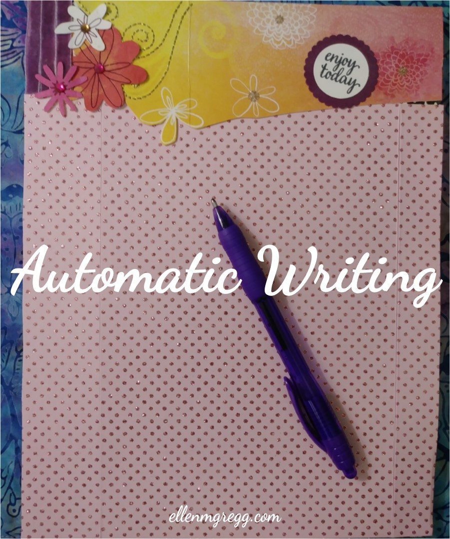 Automatic Writing: Intuitive Memory | A post by Ellen M. Gregg :: Intuitive | #automaticwriting #channeledwriting #channeling #intuitivememory #thesoulways
