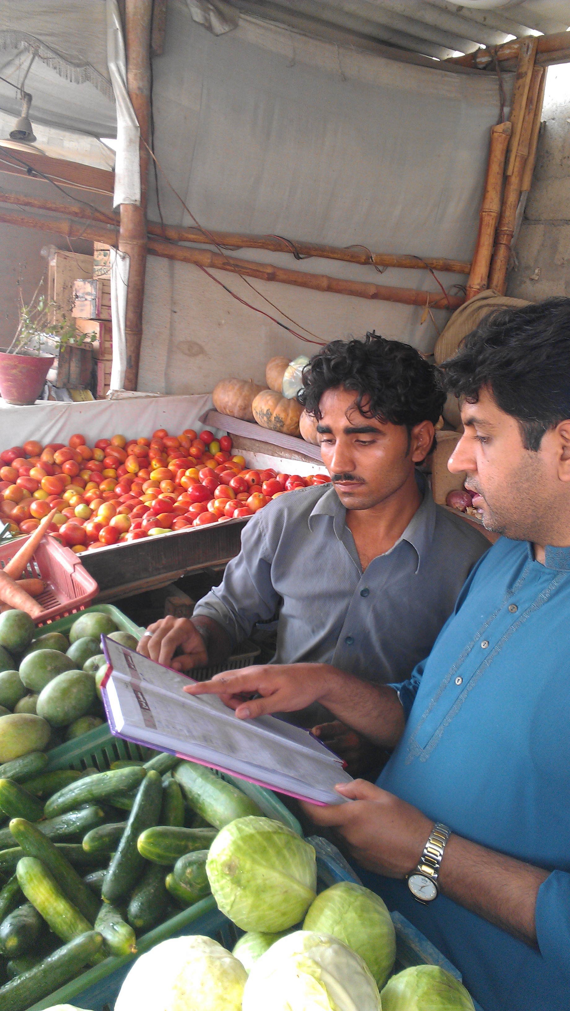 On-site training to help a vegetable seller secure his livelihood