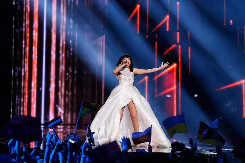 """STOCKHOLM, SWEDEN - MAY 14: Dami Im representing Australia performs the song """"Sound Of Silence"""" at the Ericsson Globe on May 14, 2016 in Stockholm, Sweden. (Photo by Michael Campanella/Getty Images)"""