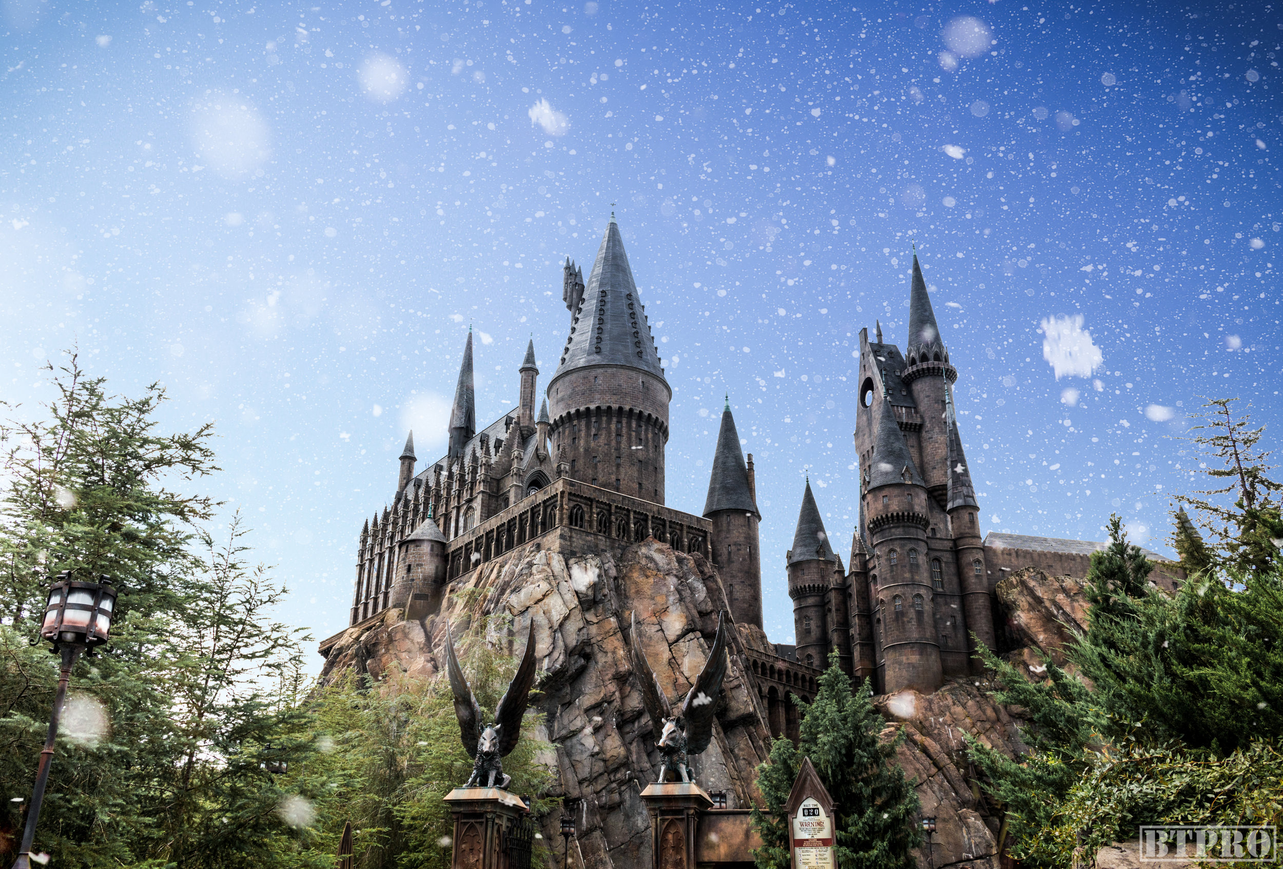 Hogwarts Snow WEB