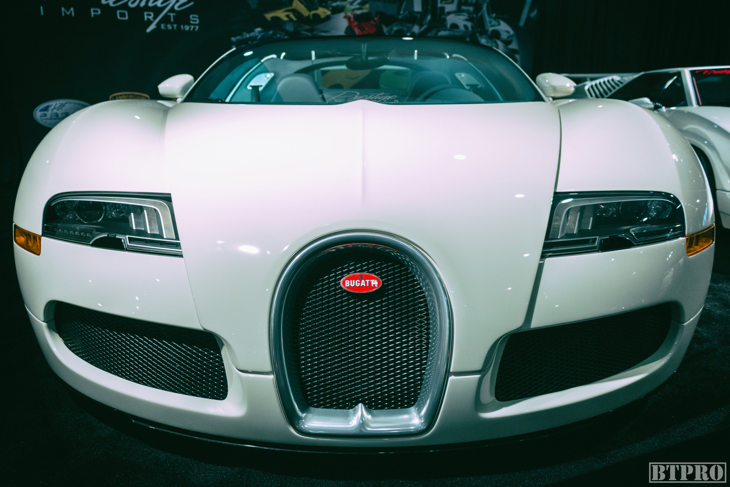 bugatti, veyron, bugatti veyron, car show, miami, miami international car show, miami international auto show, auto show, exotic cars, muscle cars, car photography