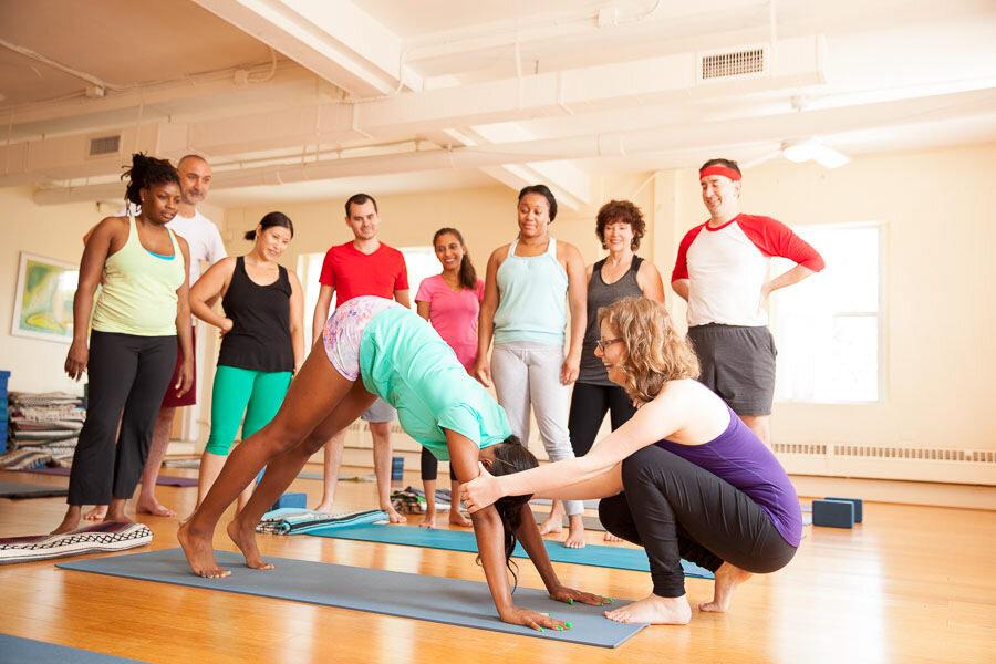 How To Choose A Yoga Teacher Training Program South Mountain Yoga