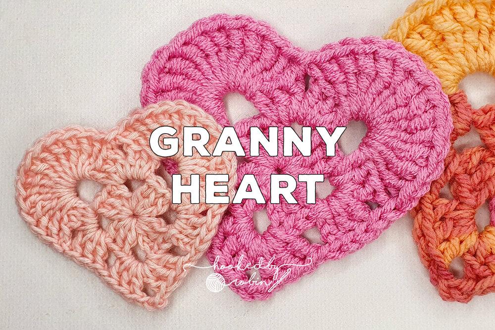 Owlishly: Corazoncitos, free amigurumi heart pattern (in 3 sizes!) | 667x1000