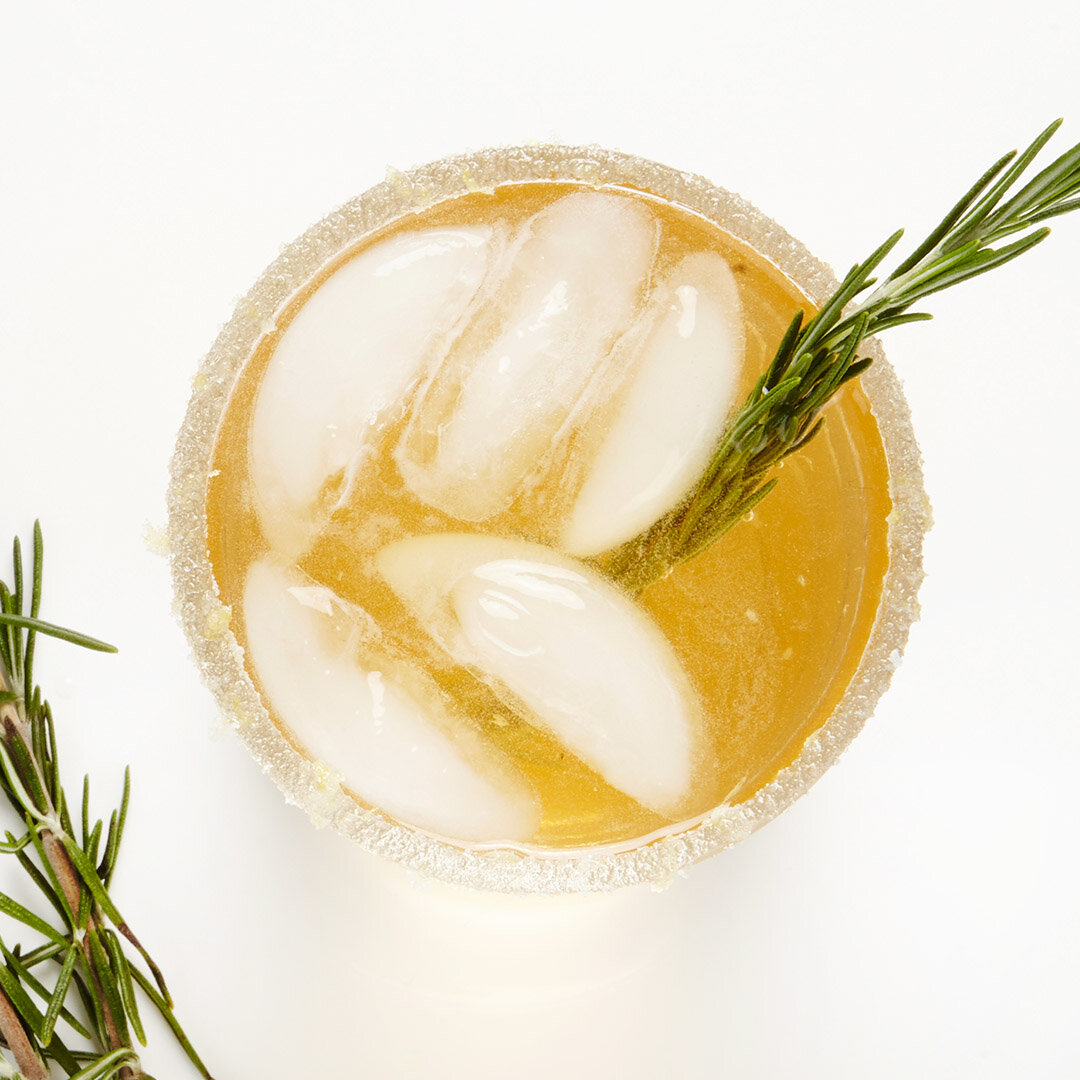 Lemon Vodka And Ginger Beer Cocktail Recipe Bite Me More