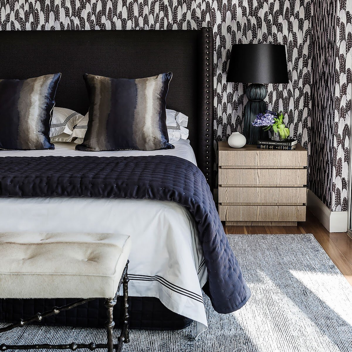 Picture of: 5 Diy Steps To Creating Your Bedroom Haven The Renovate Avenue