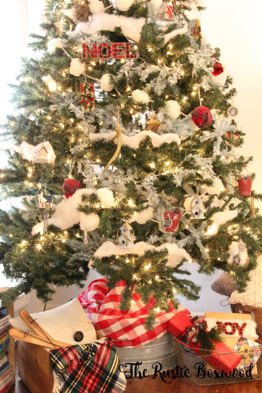 Diy Flocked Christmas Tree The Rustic Boxwood