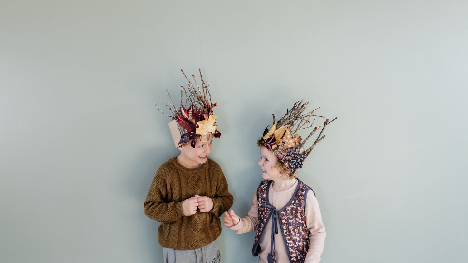Make a DIY nature crown — Clever Poppy