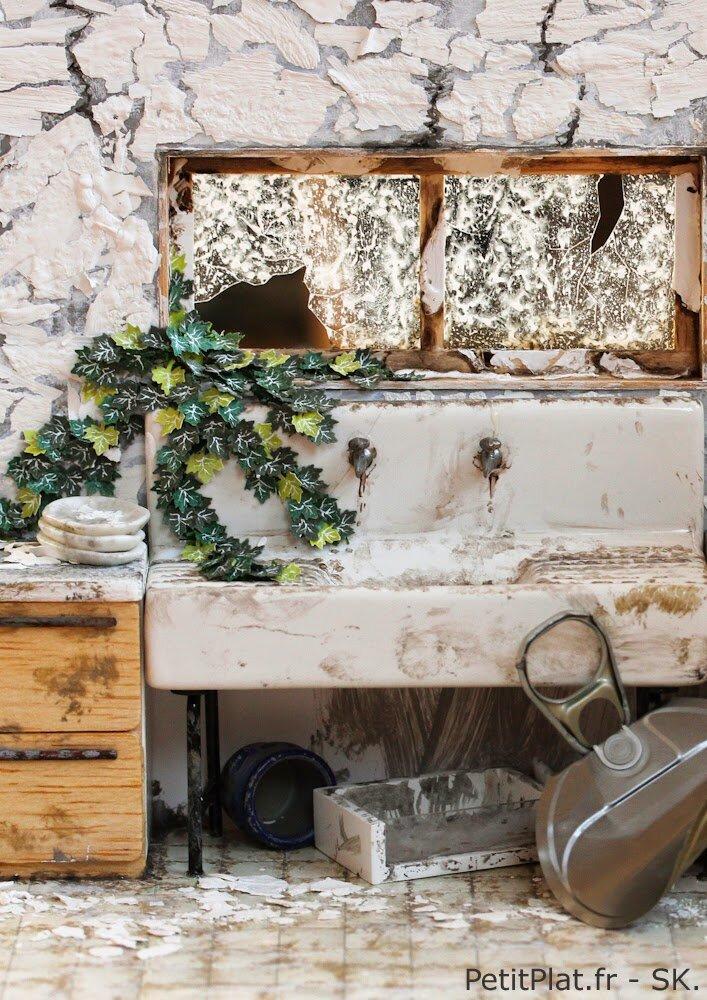 微型废弃厨房雕塑,2014年,史蒂芬妮·基尔加斯特(StéphanieKilgast)
