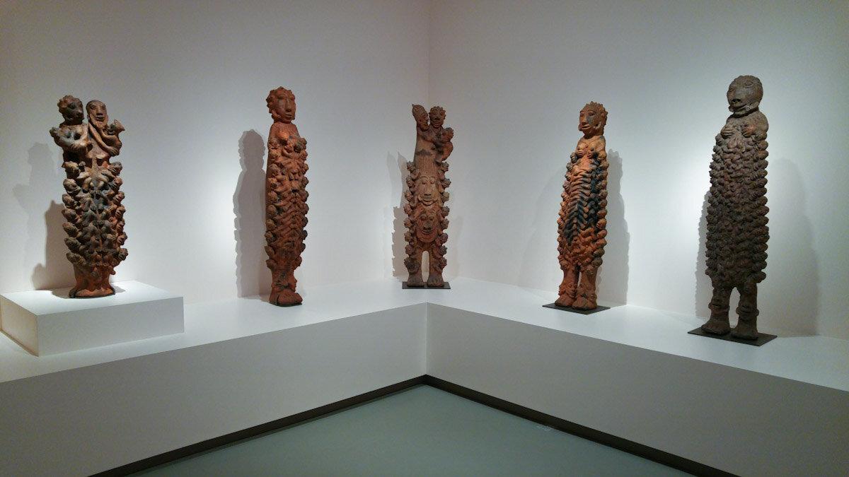Seni Awa Camara,陶瓷艺术品