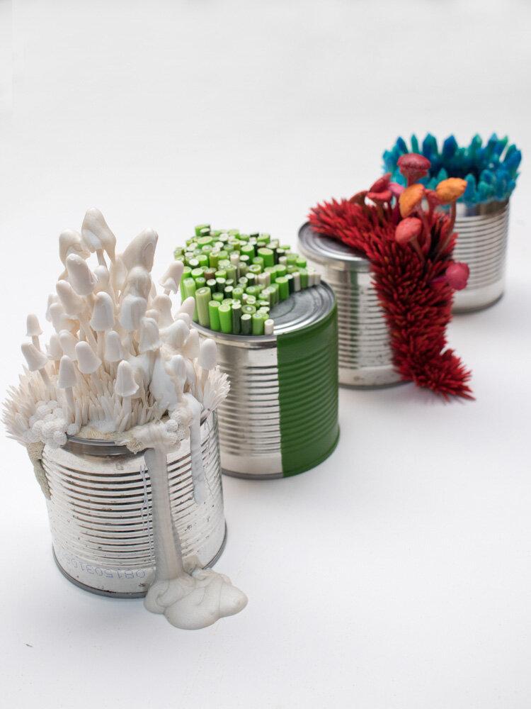 系列《我的状态,雕塑和锡罐》,斯特凡妮·基尔加斯特,2017年