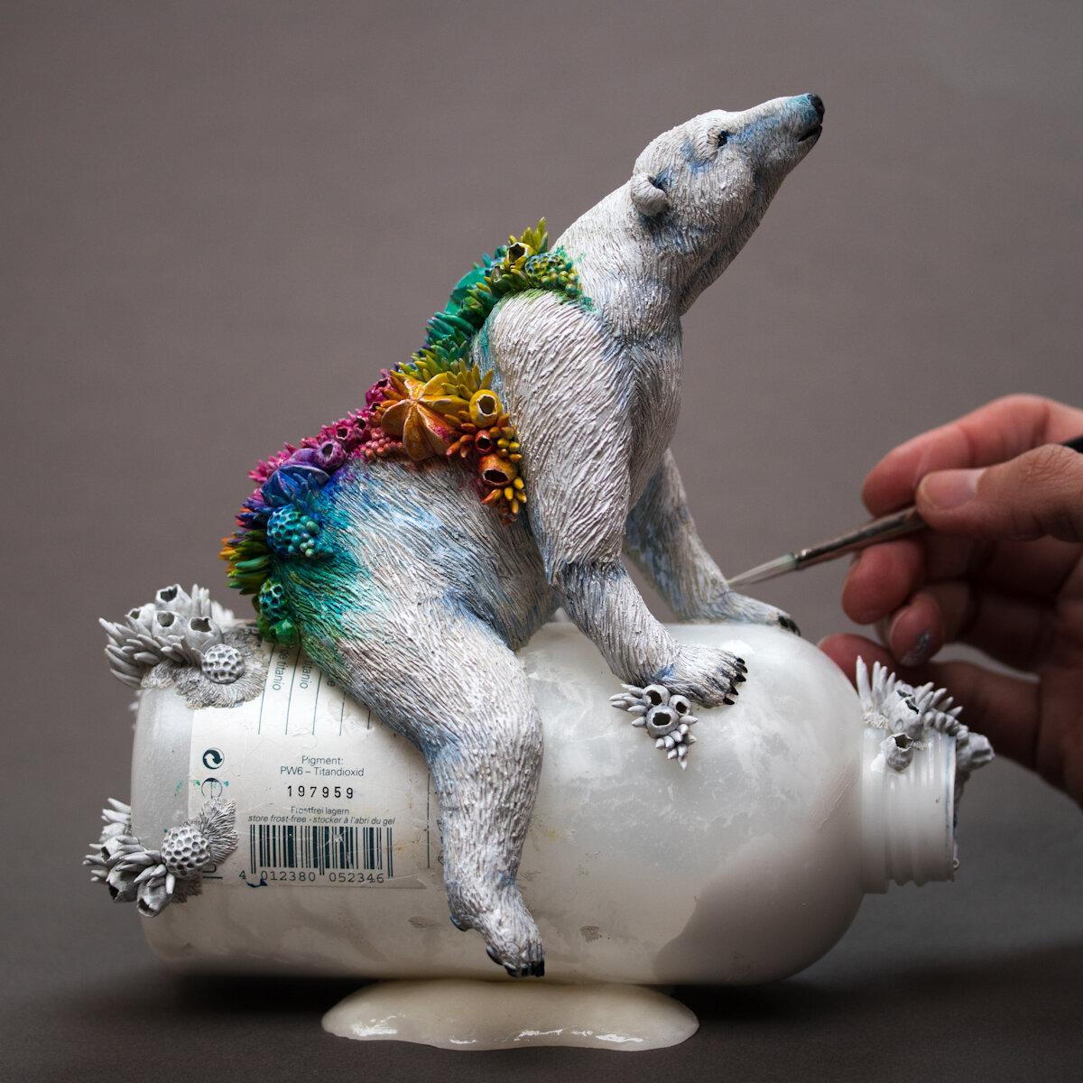 希望,北极熊雕塑,2018,混合媒体,斯蒂芬妮·基尔加斯特