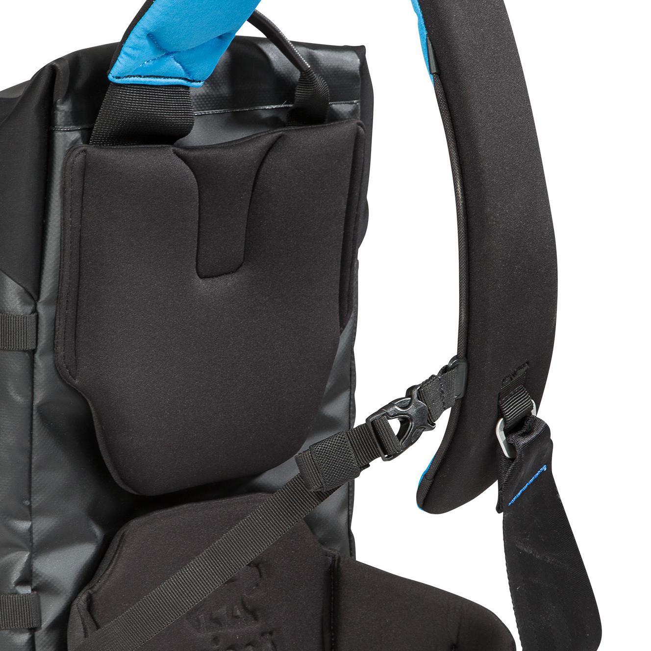 aqua-storm-proof-sling-camera-bag-3.jpg