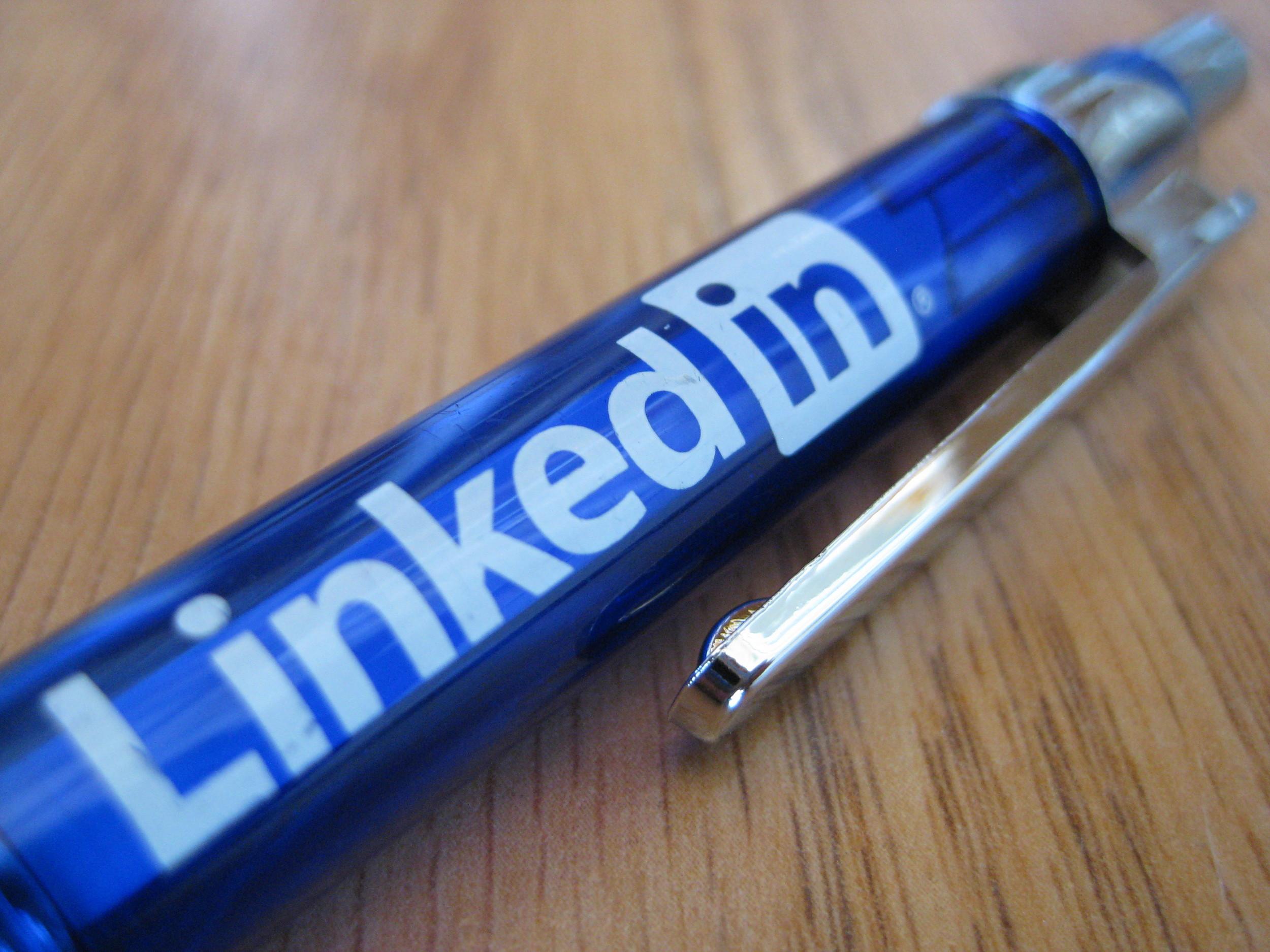 LinkedIn personal branding tips