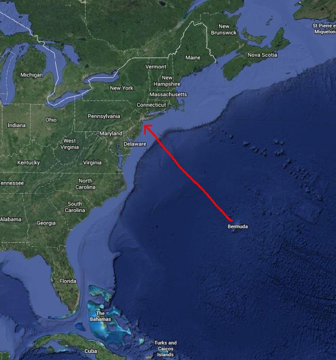 Bermuda to New York: 673nm (774mi or 1246km)