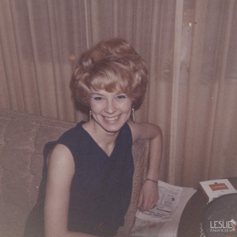 1968 - A fantastic blonde beehive hairstyle at 18 years old.