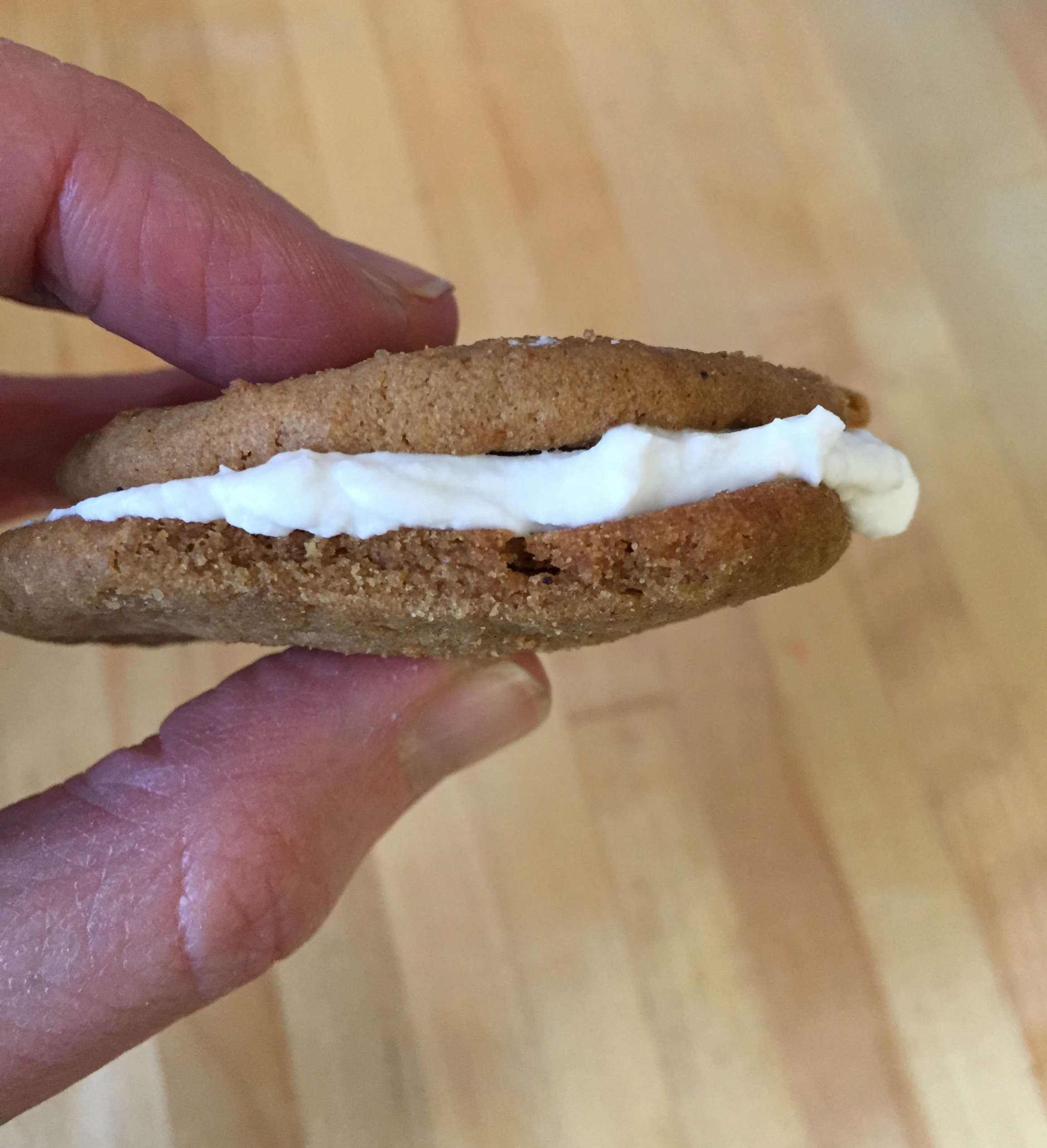 coconut yogurt with gingersnap cookies