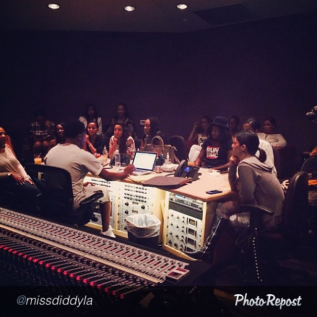 How I spent my Friday. Good Music. Family. Ladies only listening session for @bjthechicagokid new project. IT was amazing!!!! S/O to @missdiddyla for the invite via  @PhotoRepost_app