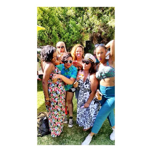 This one time in Coachella.... #TBT #SharisSittingACupOnThatThang 😳😊 #LoveThis