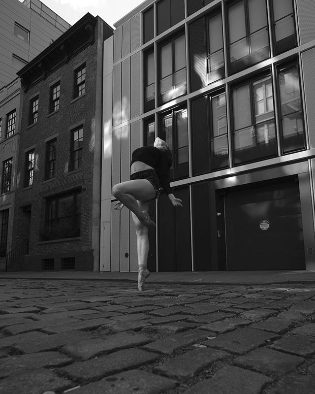 Had the pleasure of supporting @fotocarenyc and @fujifilmx_us on the @omarzrobles NYC photowalk yesterday. We had a great model/dancer in @silkenkelly. This is my #SOOC attempt using the #acros film simulation. #xt2 #xf14mm