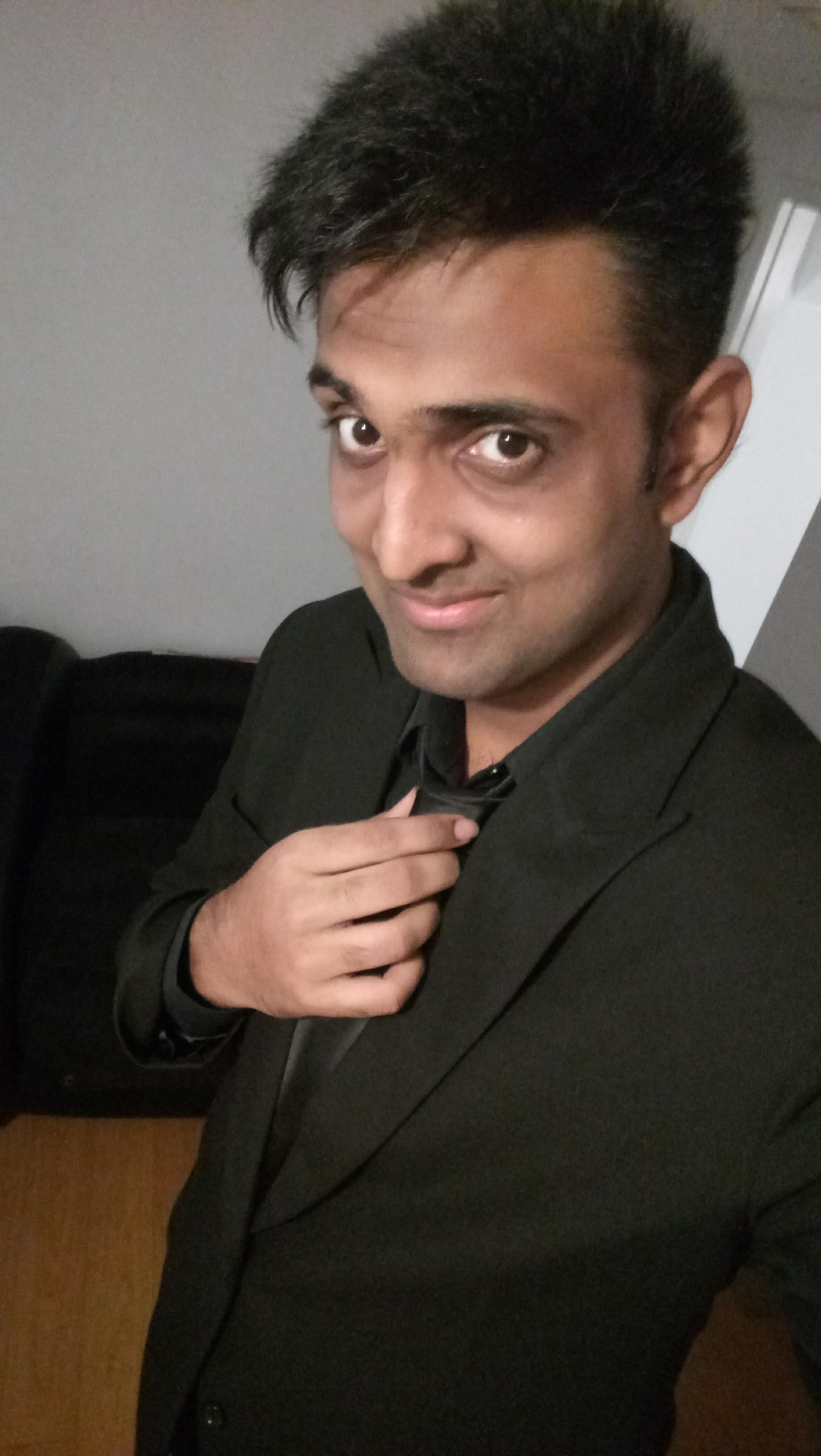 Sriharish Mathanagopalsamy - Compositor