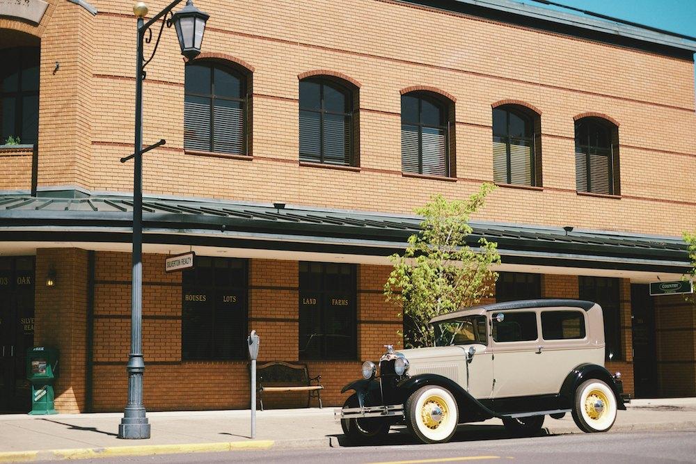 Silverton-Oregon-Frank-Lloyd-Wright 006.jpg