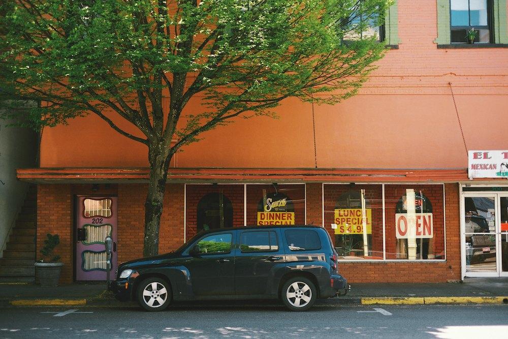Silverton-Oregon-Frank-Lloyd-Wright 008.jpg
