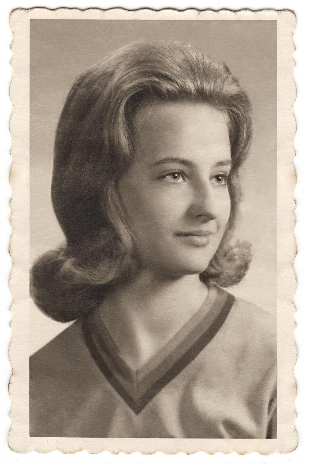 Joyce-senior-photo_clean.jpg