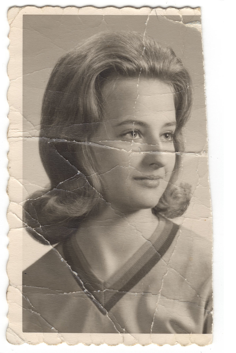 Joyce-senior-photo_orig.jpg