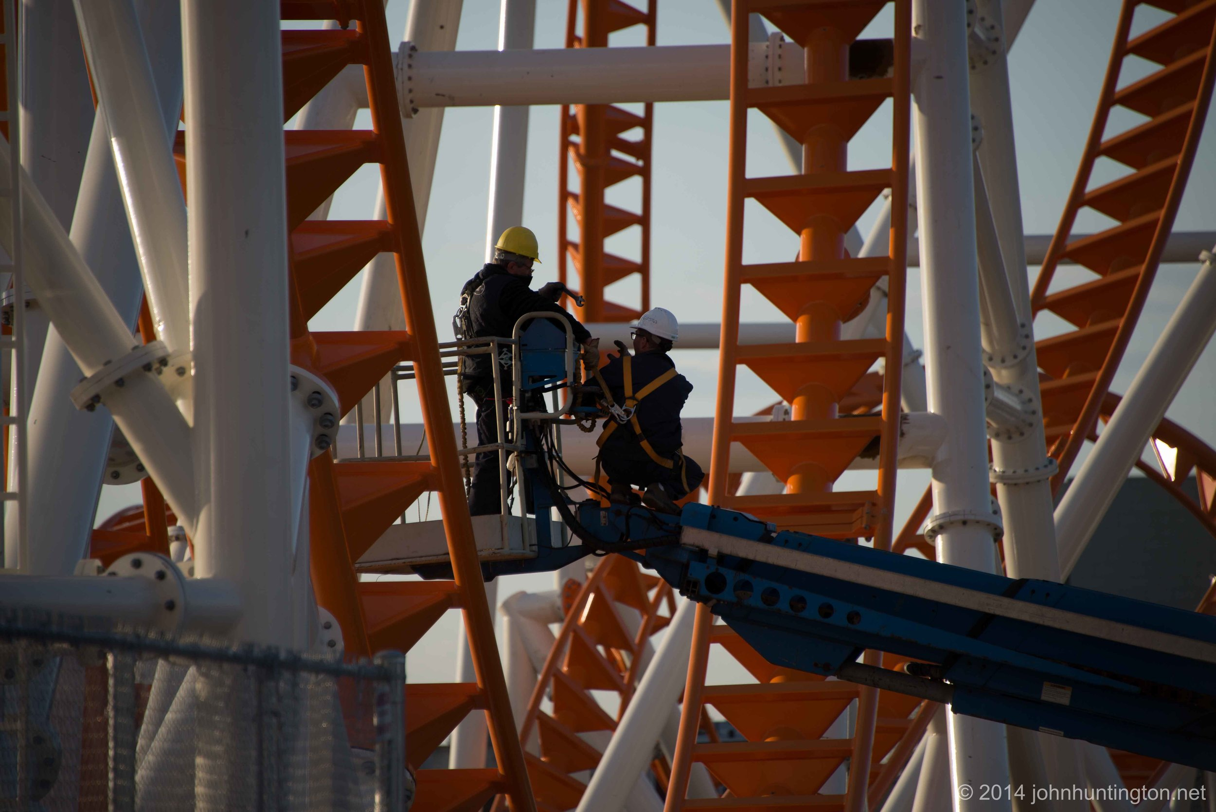 Huntington-Thunderbolt2014-Construction-6.jpg