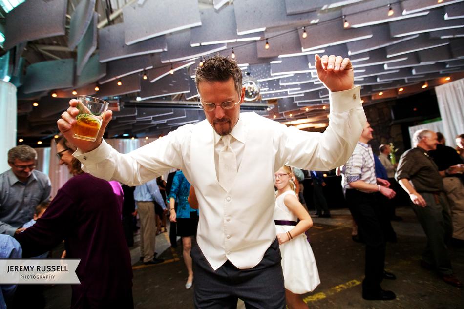 Jeremy-Russell-Brewery-Groom-Dance.jpg