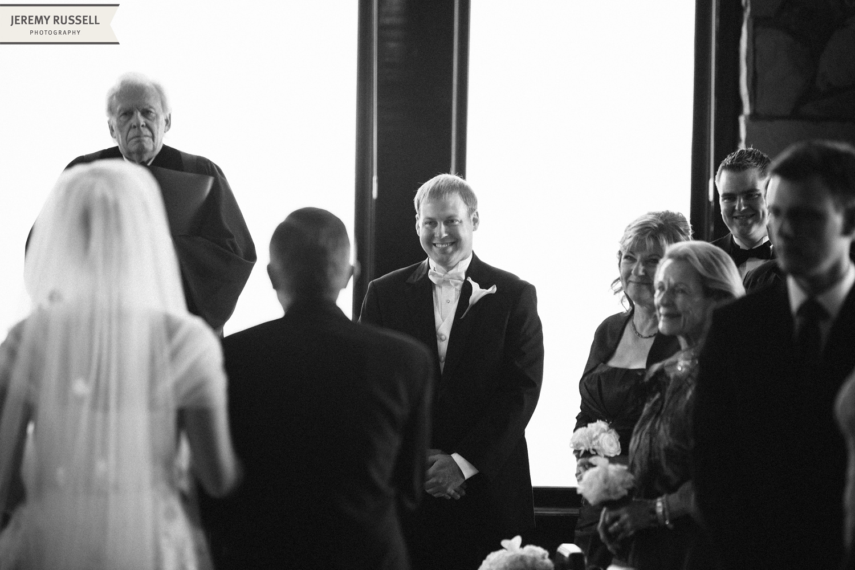 Jeremy-Russell-12-Cliffs-Glassy-Wedding-13.jpg