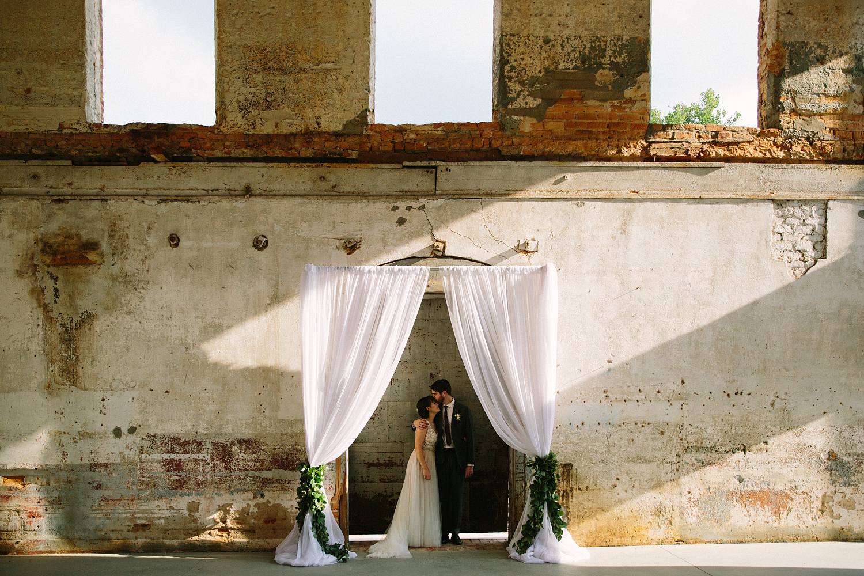 jeremy-russell-providence-cotton-mill-wedding-16-05.jpg
