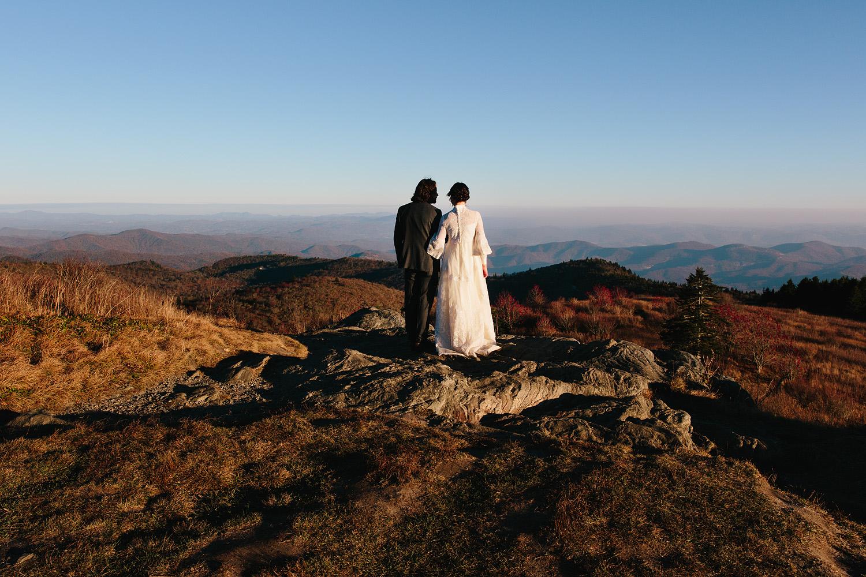 jeremy-russell-asheville-elopement-mountain-16-05.jpg
